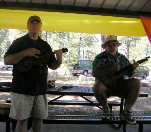 Dave and me conducting a workshop at Pickin' in the Pines in Flagstaff in September 2011.