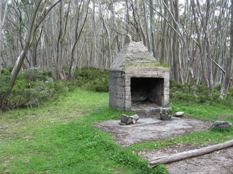 Upper Yarra Track Section Eight: St Gwinear Track Junction to Whitelaw's Hut: