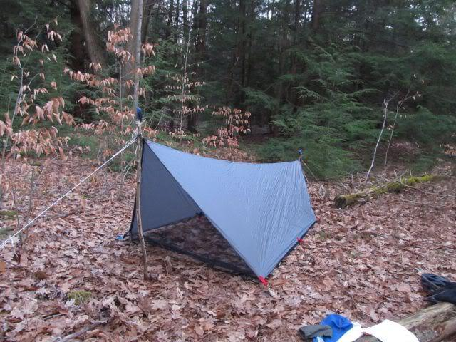 Six Moon Designs have this excellent free pattern for a cat cut tarp complete with insect netting plus sewing instructions ... & Catenary Cut Tarp: u2013 The Ultralight Hiker