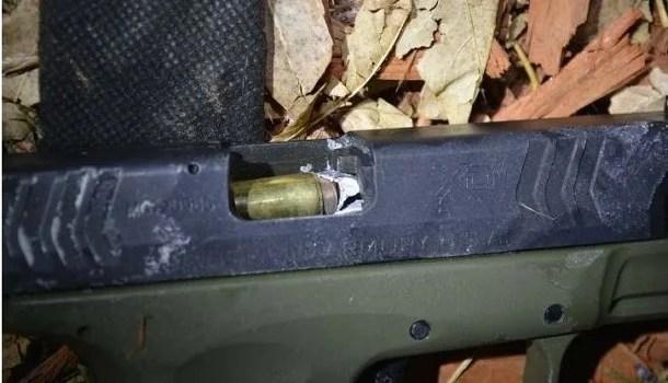 '1 in a billion' police shooting: Cop's bullet jams suspect's gun: