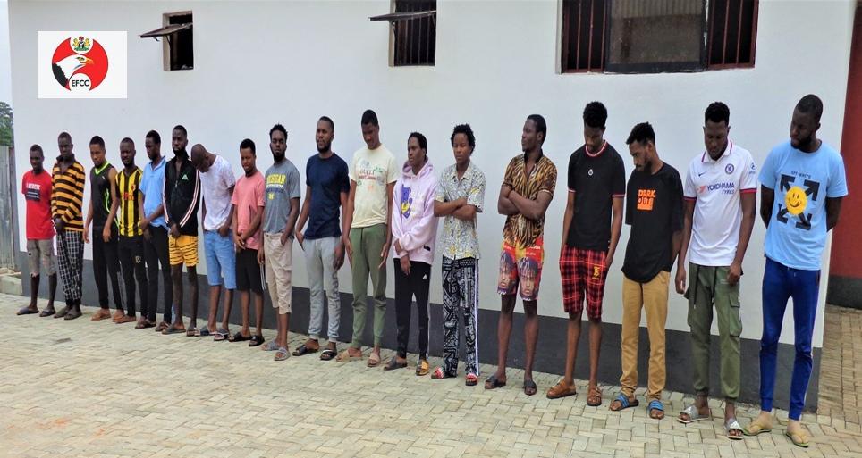 EFCC Arrests 55 Internet Fraud Suspects In Enugu Ebonyi