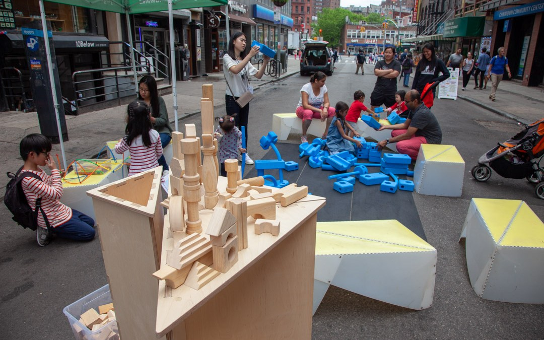 New program BUILD NYC deploys to Mott St in Chinatown