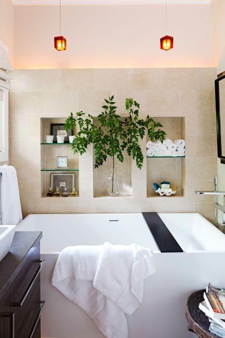Bathroom ideas in compact spaces