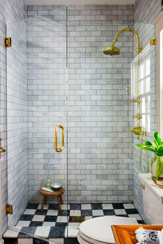 Textured tiled bathroom ideas