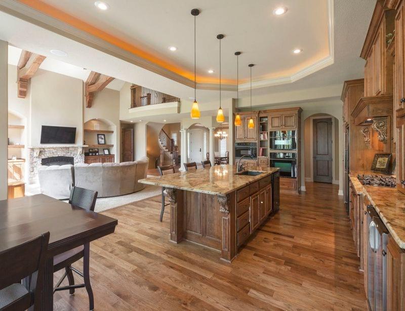 Traditional look open kitchen design ideas