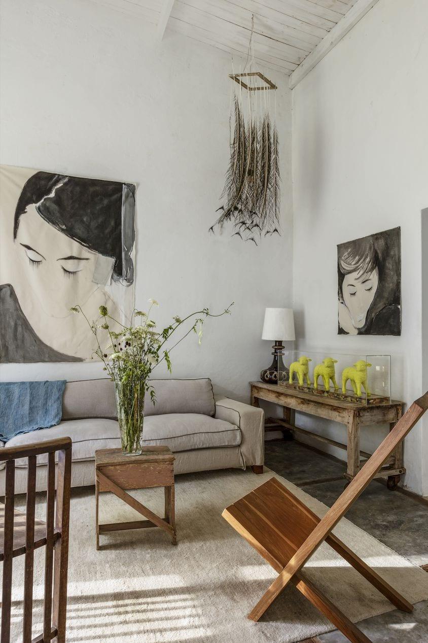 Artistic frames on the wall decor ideas