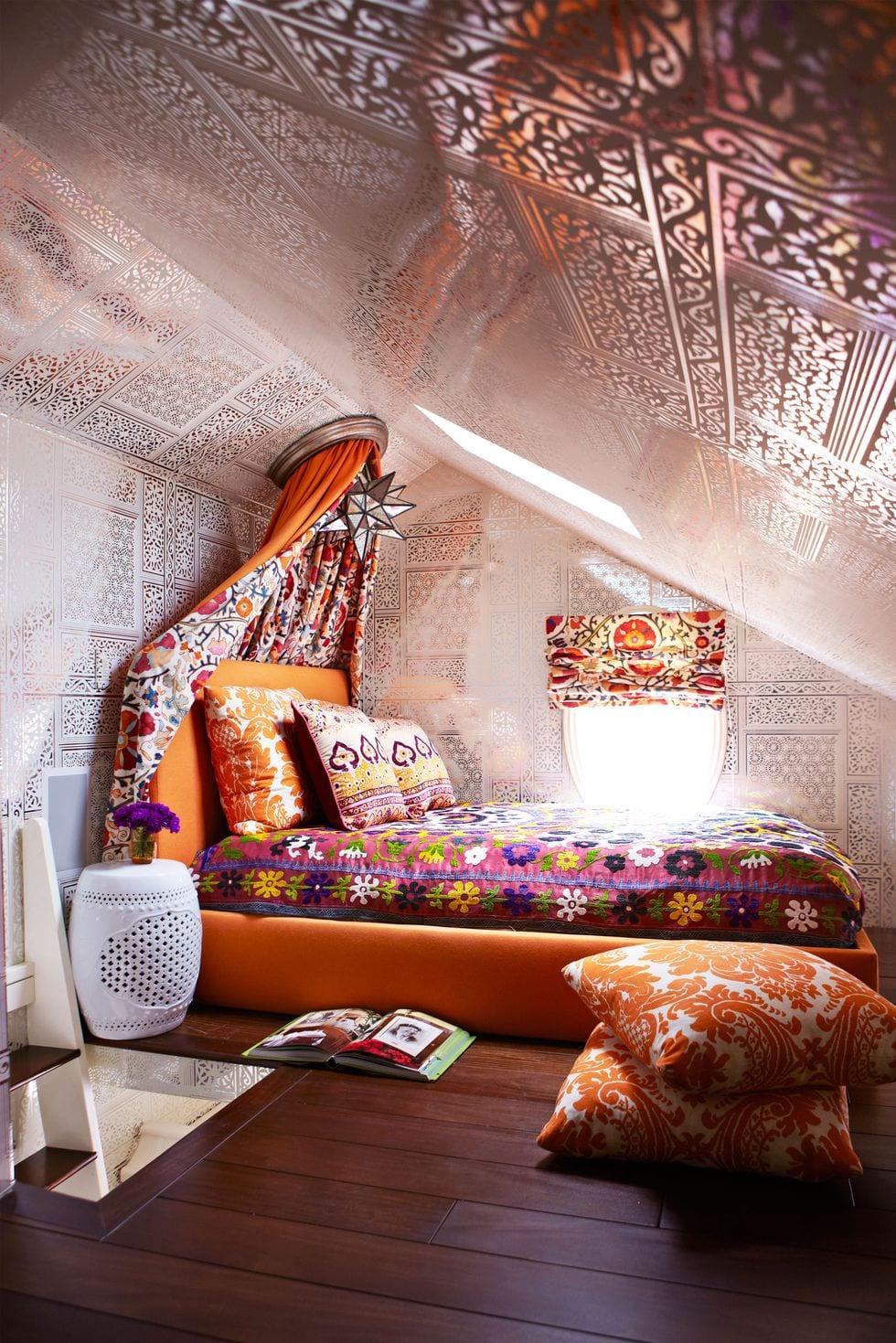 Colorful Cozy Bedroom Ideas