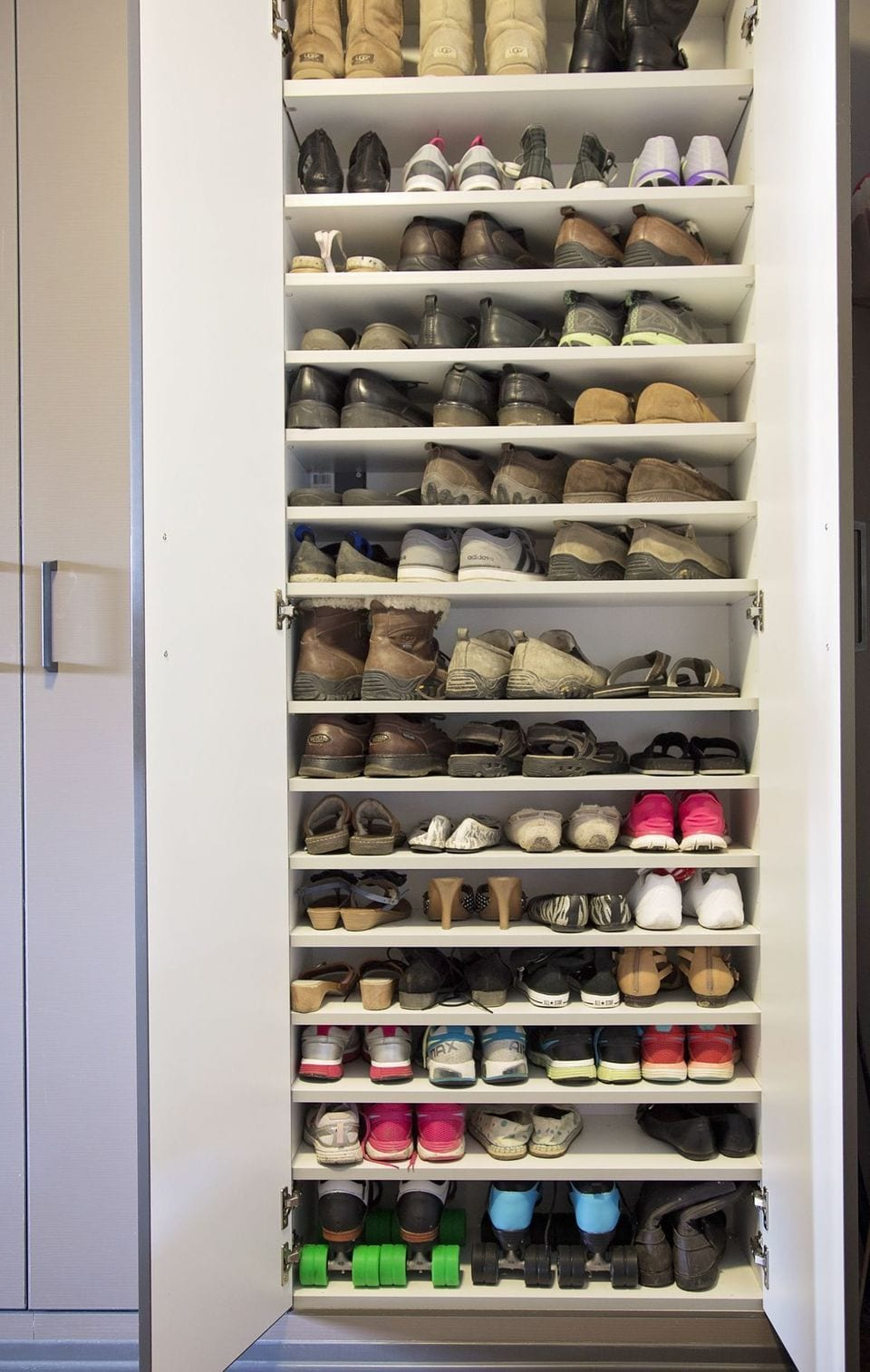 Concealed behind doors shoe rack design ideas