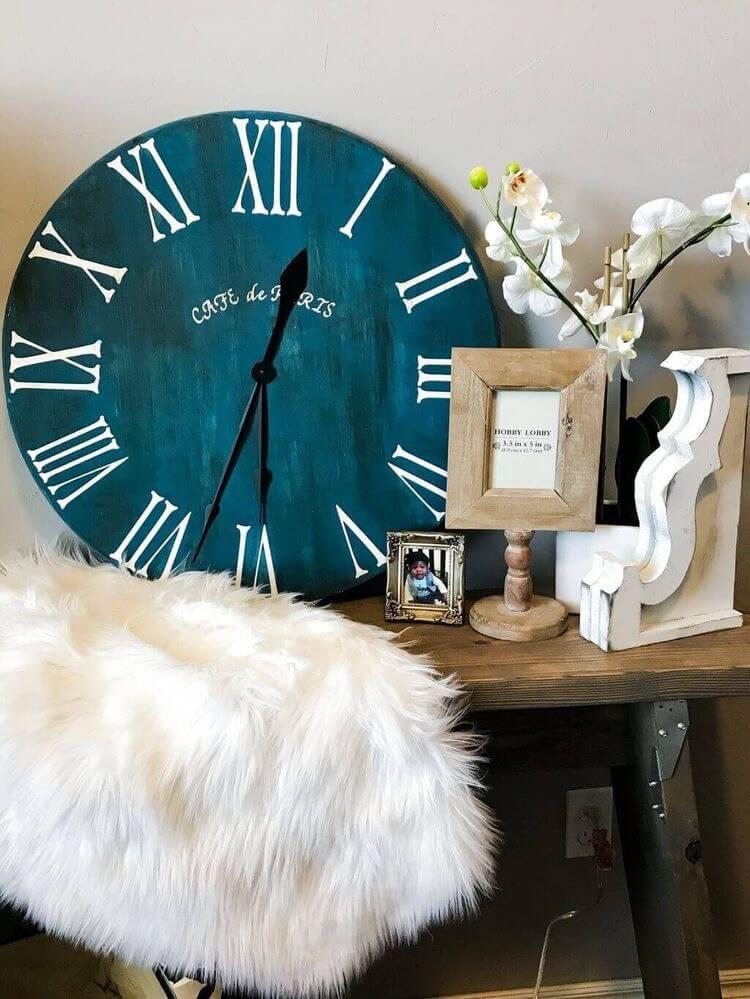 DIY Roman Numeral Clock design ideas