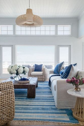 Seaside living room decor ideas