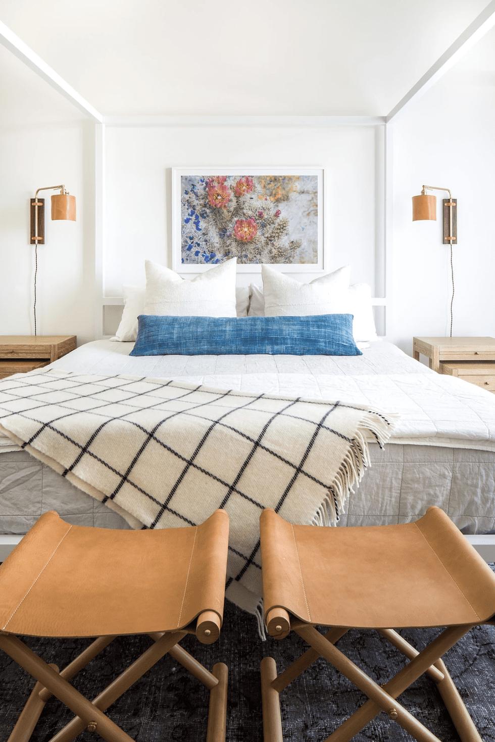 White Small Bedroom Ideas