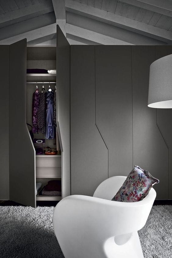 Dark Themed Wardrobe Design Ideas