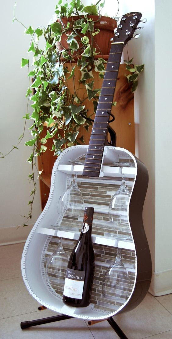 Amazing Ideas to Reuse your Old Guitar