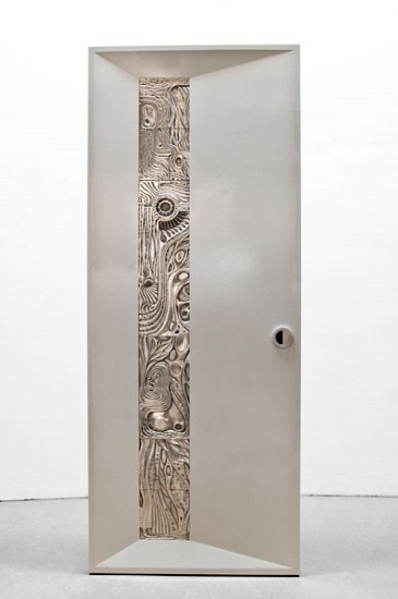 4. Beautiful scan west door inspired from bauhaus, drawing one's eye to the inlaid artistic material and Original carving inspired by the Balinese- day of silence