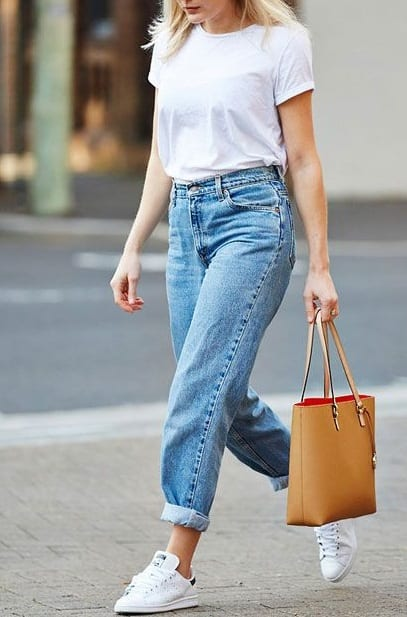 style sneakers with casual wear