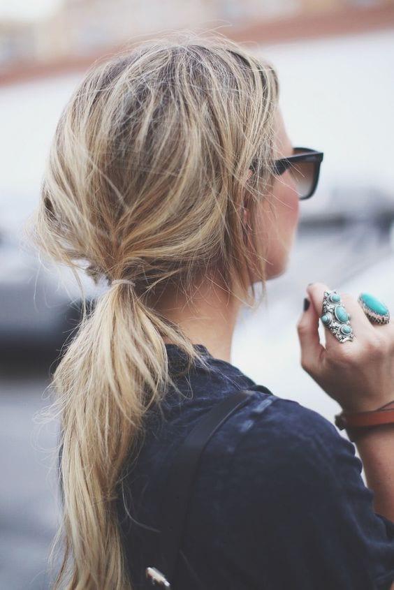 messy ponytail blonde