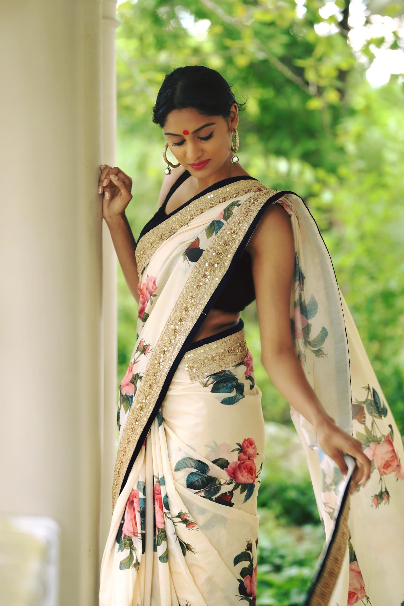 floral design traditional saree