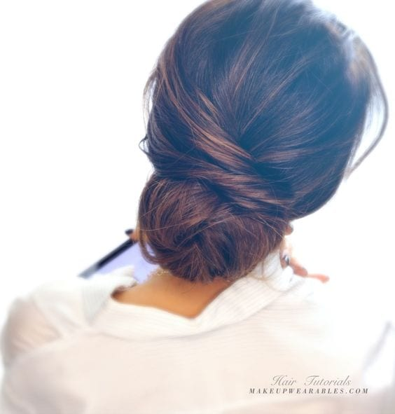 4 Sexy Amp Smart Ways To Style Your Low Chignon Hairstyle
