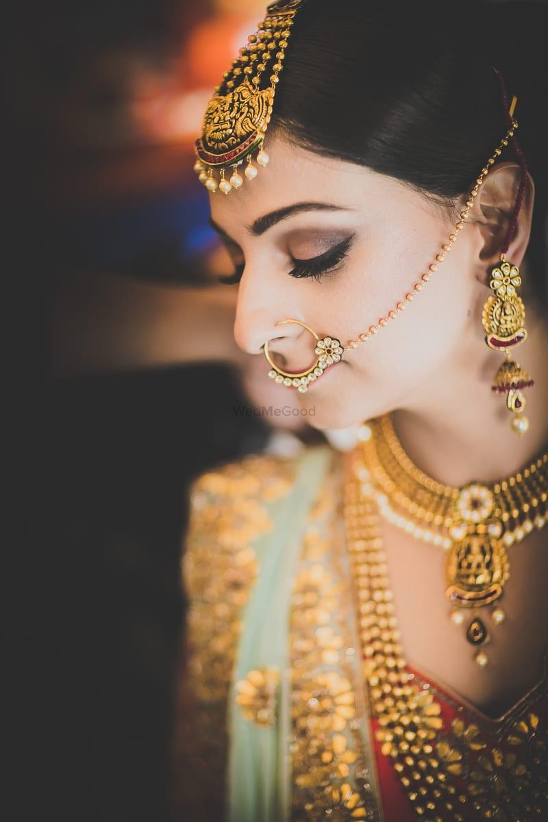 golden kundan earring