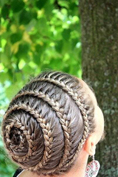 spiral braid up do