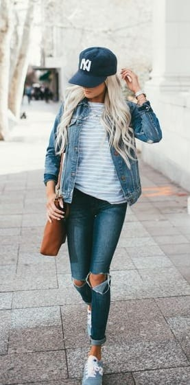 STYLE CAP WITH RIPPED JEANS