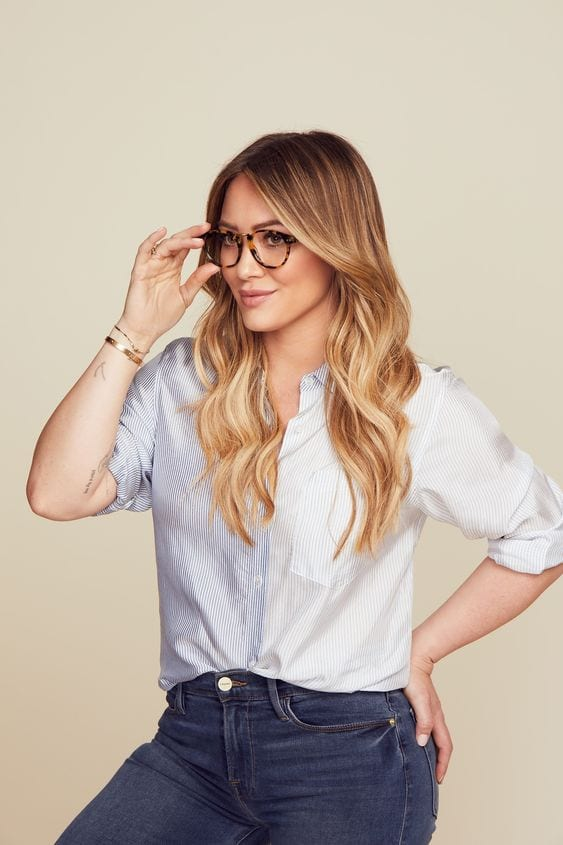 Hillary duff glasses look