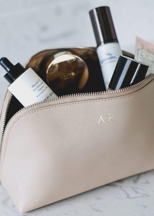 simple makeup bags