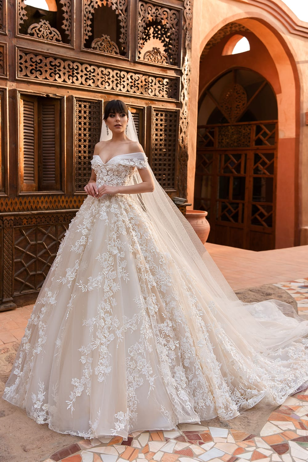 Cool Wedding Outfit Gown For Women