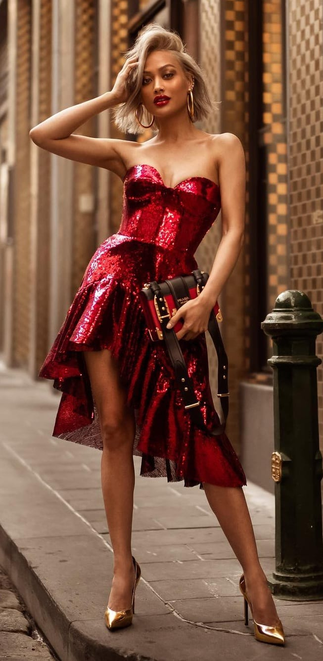 Red-Sequence-Bandeau-Dress-Party-Outfit