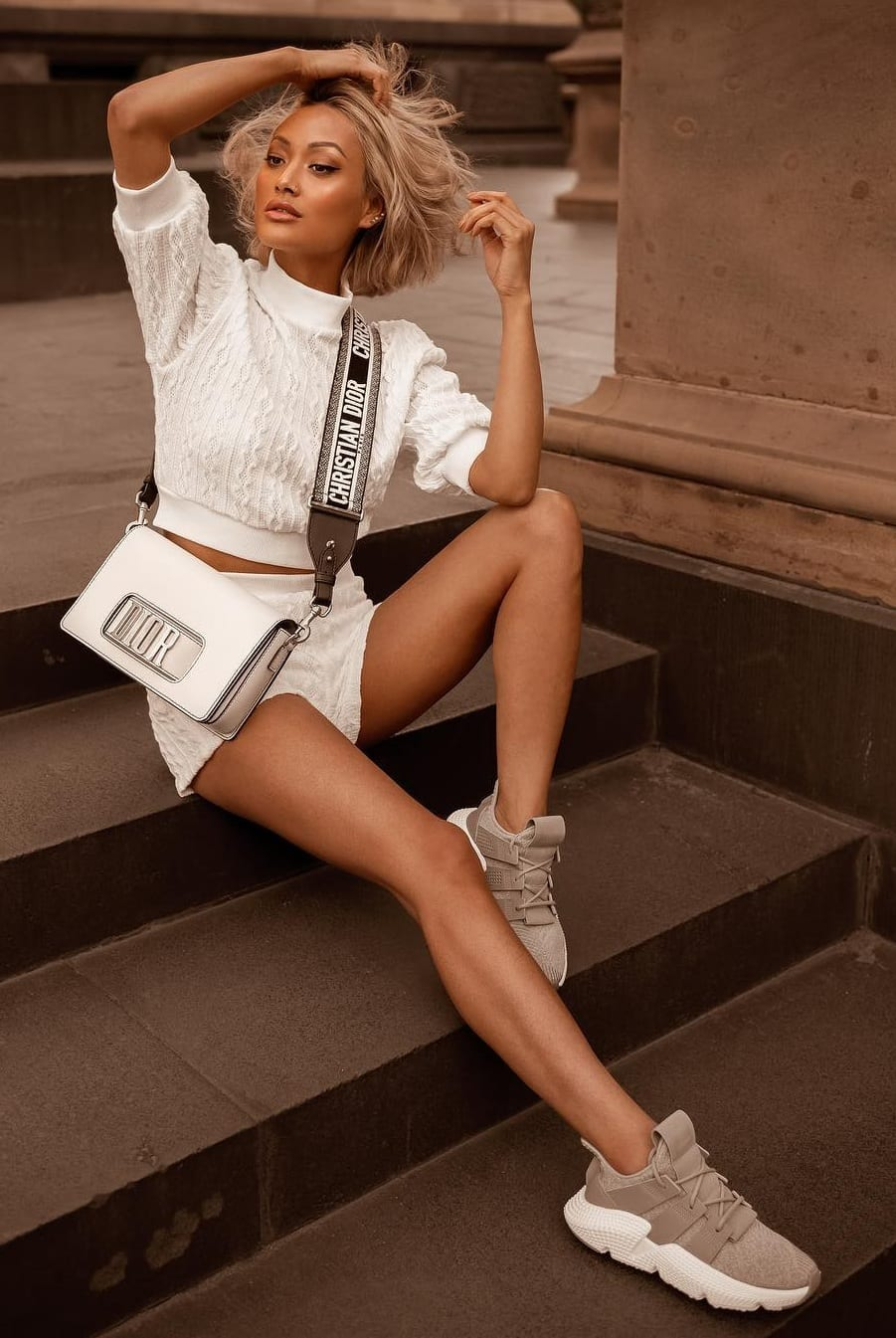Sneakers-White-Shorts-and-Top-Outfit-for-women