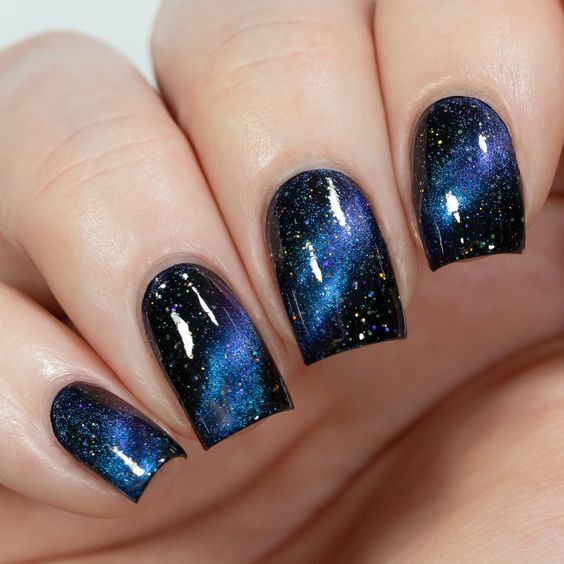 Black and Blue Glittery Nails for Parties