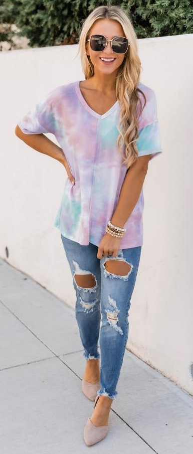 Chic Tie Dye And Ripped Denim Jeans Outfits for Women