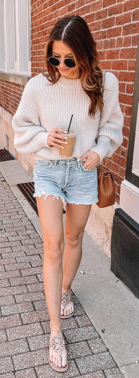 Cozy Pull Over Paired With Denim Shorts and Slippers for Casual Day Outs