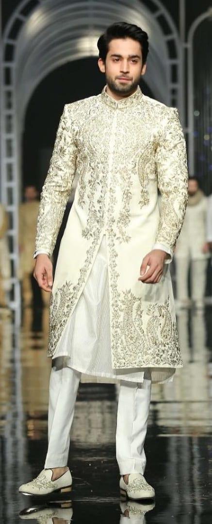 Stylish Sherwani Outfit Ideas For Men