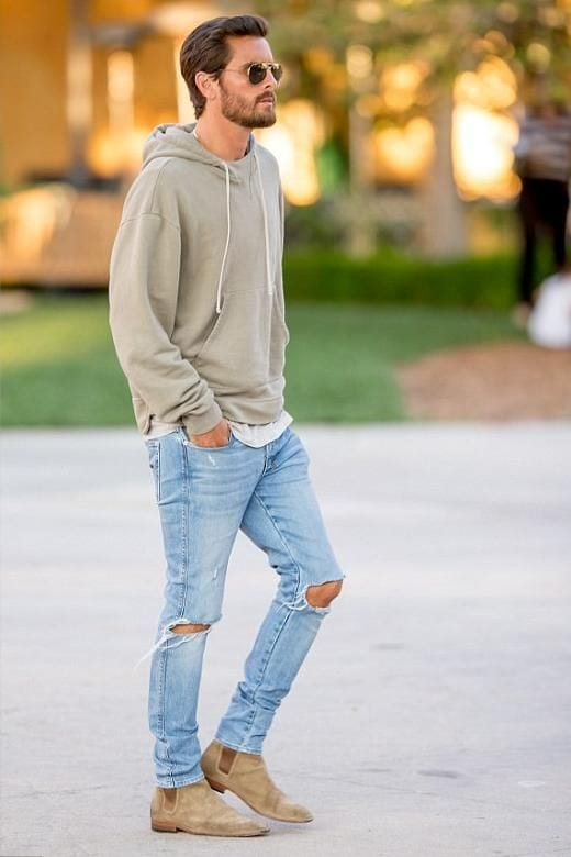 Scott Disick Ripped jeans look