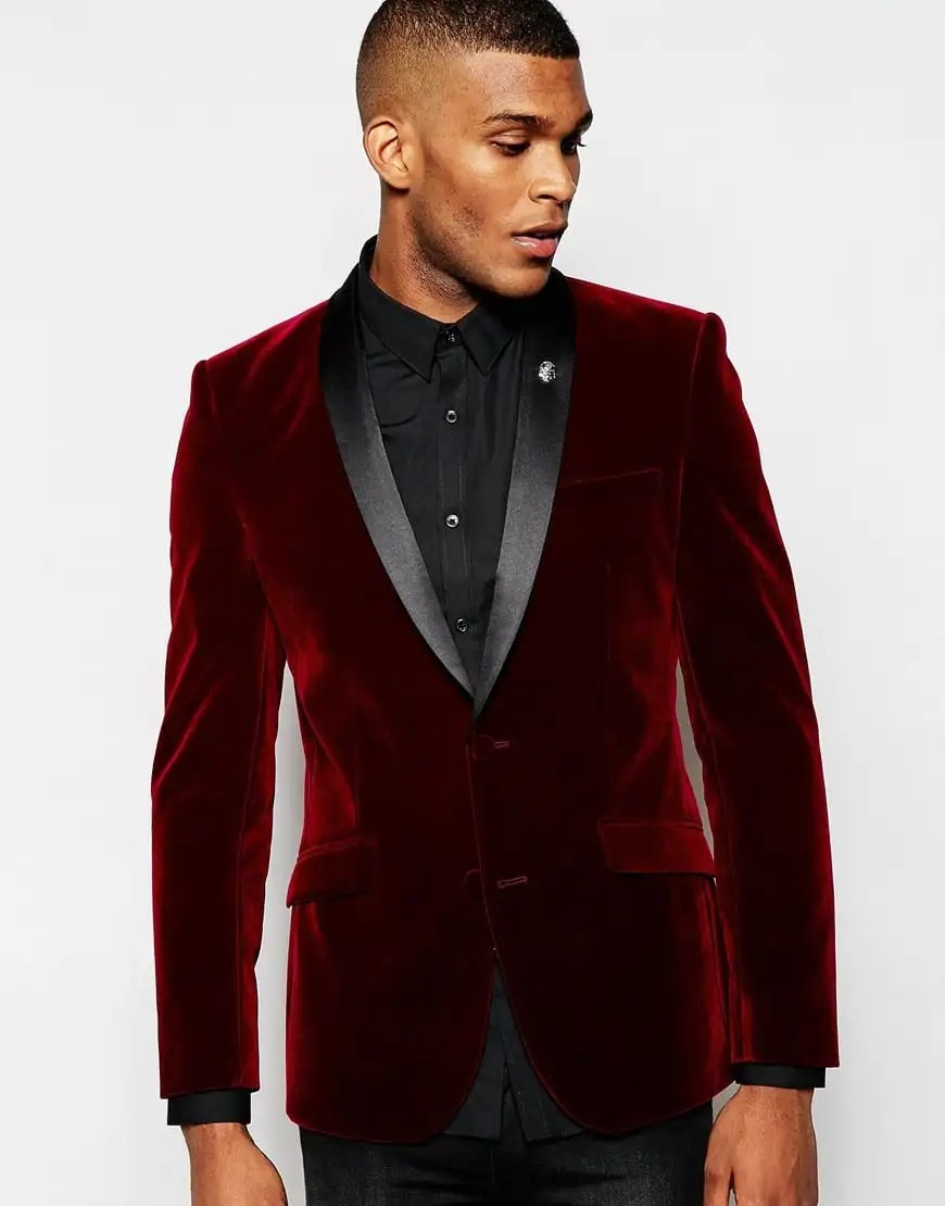 What are the looks one can achieve with a burgundy blazer for Black suit burgundy shirt