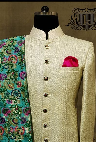 Pocket square for sangeet
