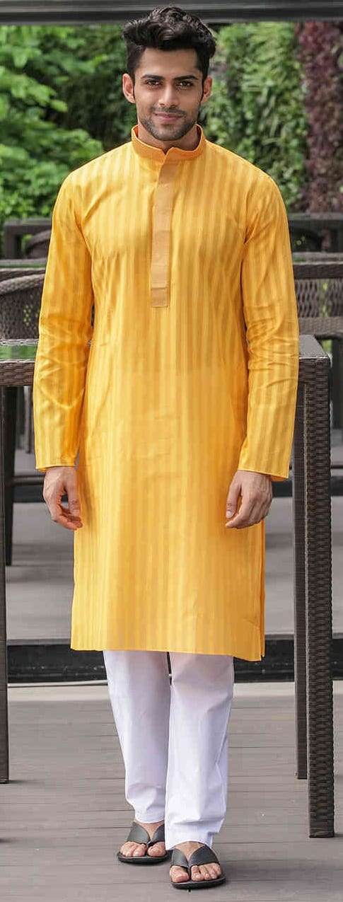 Cool Kurta Outfit Ideas For Men This Wedding Season