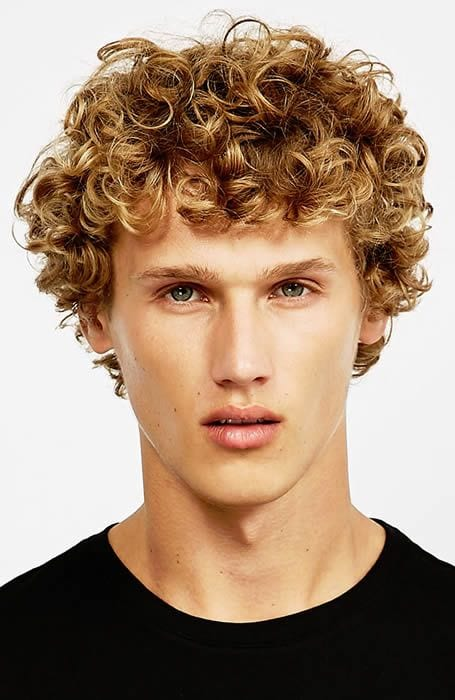 Messy hairstyle for men