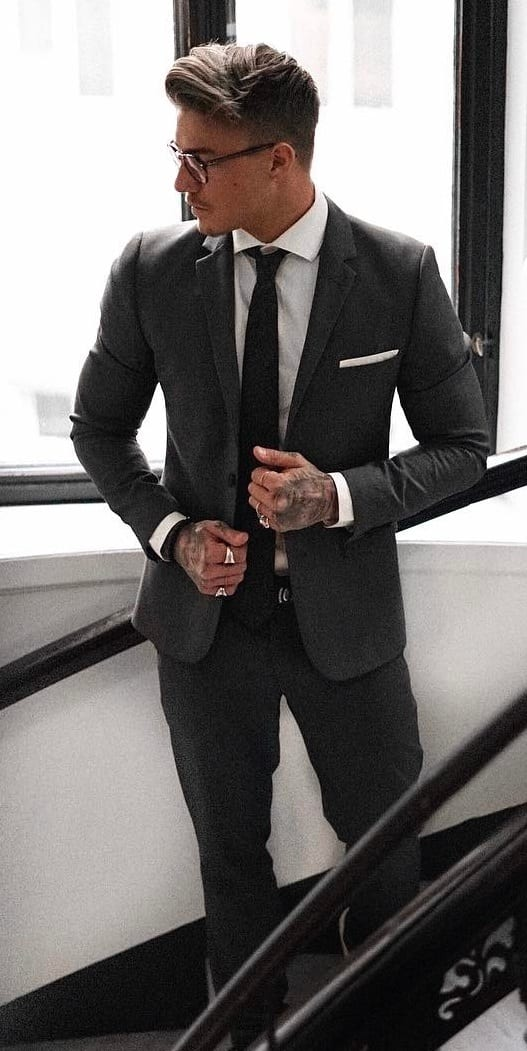 Johnny dark grey suit