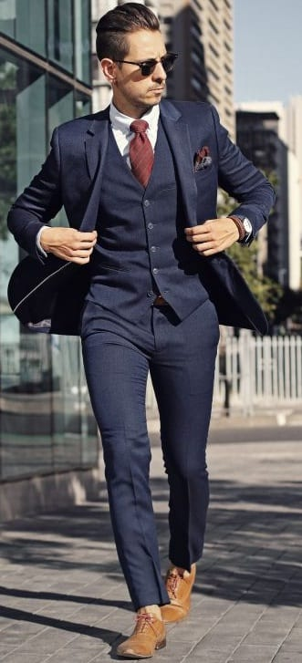 navy blue suit with burgundy tie