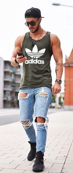 ripped jeans everyday outfit for men