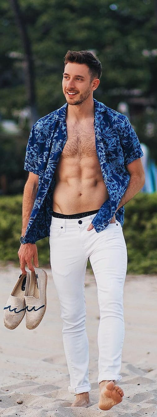beach outfit men- open shirt with denim