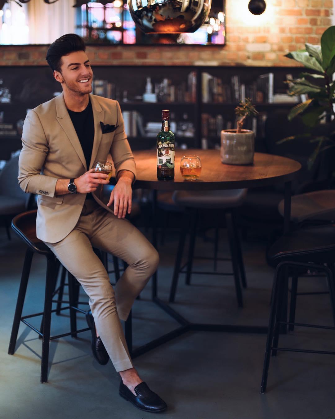 club outfits - casual blazer
