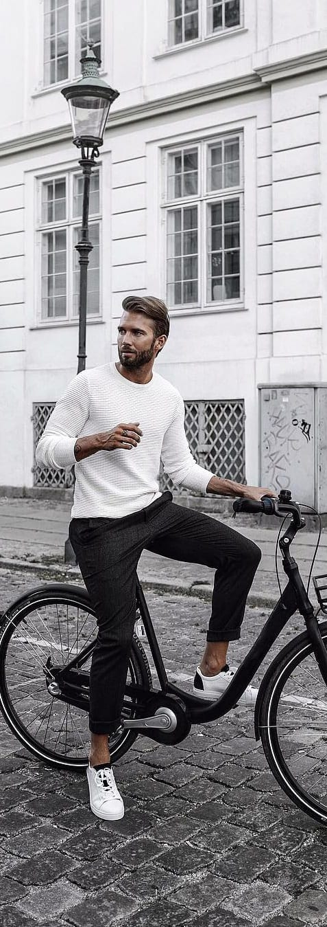 Cool Holiday Outfits Ideas For Men