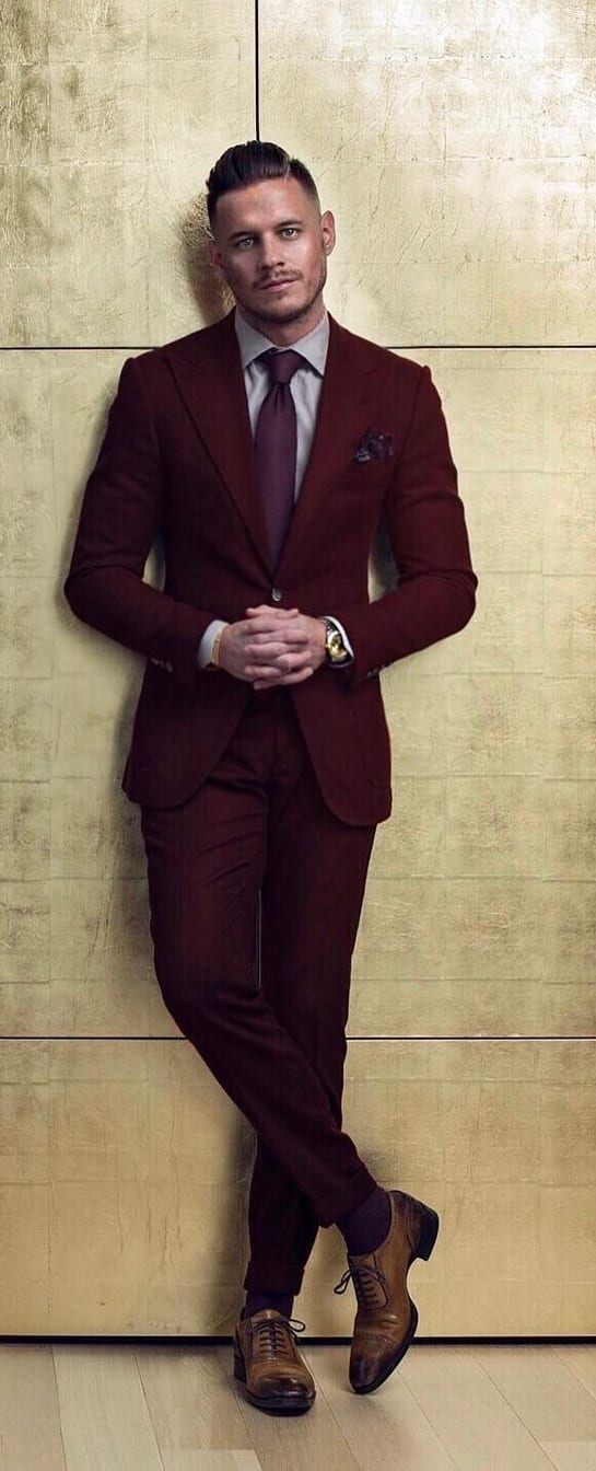 Captivating Suit Combination Ideas For Men