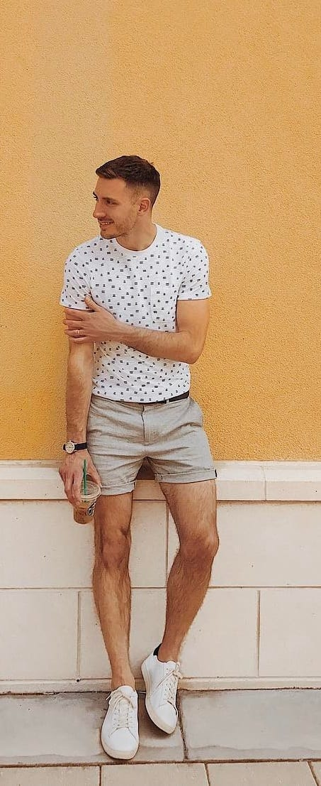 Crew Neck T-shirt With Chino Shorts For Men