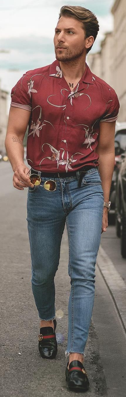 Printed Shirt With Jeans Outfit Ideas For Men