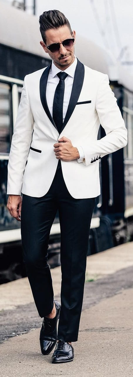 Captivating New Year Outfit Ideas For Men This Year