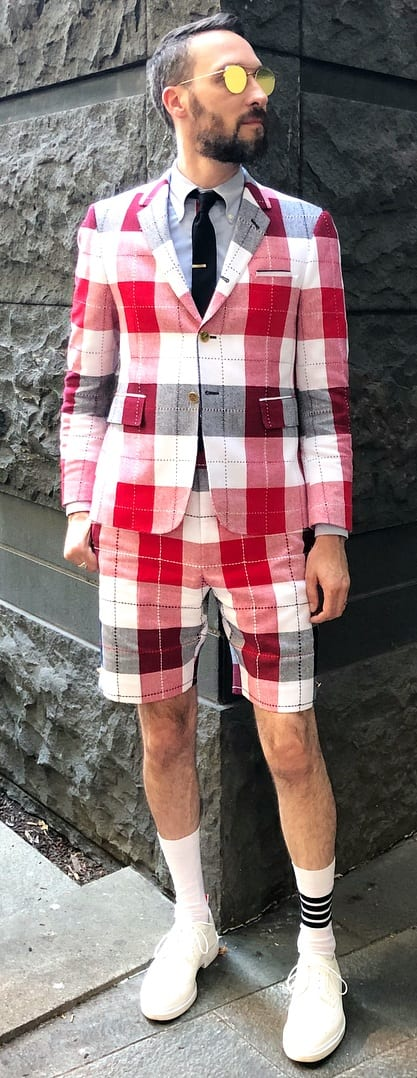 Fashionable Short Suit Outfit Ideas For Men